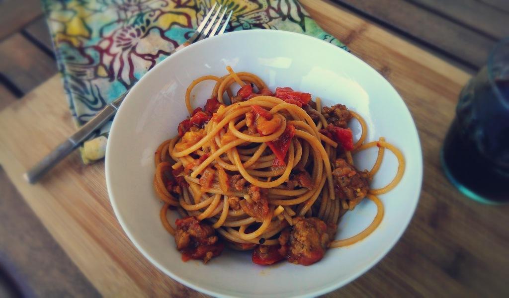curried sausage pasta1